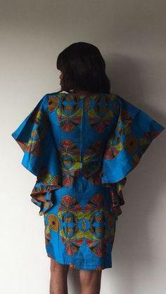 nom des pagnes africains, si tu sors je sors, la conjoncture, adis abeba... African Print Dresses, African Fashion Dresses, African Attire, African Wear, African Dress, African Clothes, African Style, African Traditional Wedding Dress, Nigerian Dress