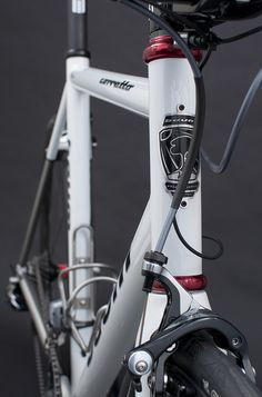 Solid, Pearl White, Corretto by Baum Cycles || via Flickr