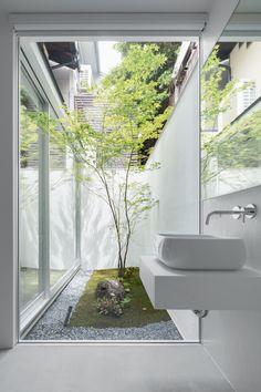 Courtyard Design, Facade Design, House Design, Japanese Architecture, Architecture Design, Wooden Window Frames, Casa Loft, Traditional Japanese House, Weekend House