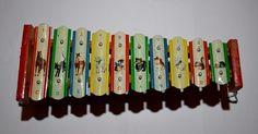 Vintage Japan Tin Animal Litho & Wood 10 Key Xylophone with folding stand