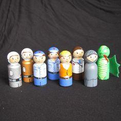 Handpainted wooden peg people toys. - by twinklekids on madeit