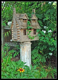 Rustic Birdhouses | rustic cabin birdhouse | love me some Birds & Birdhouses