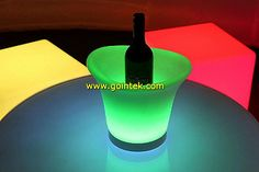 new design square top led table,please contact us if you want to have our pricelist. skype: gointekcom email: gointekcom@gmail.com msn:gointekcom@hotmail.com web: www.gointek.com