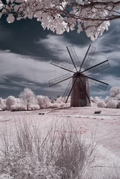 Boyd's Windmill, also known as Boyd's Wind Grist Mill, is a historic smock mill at Paradise Valley Park on Prospect Avenue in Middletown, Rhode Island Tilting At Windmills, Old Windmills, Moulin France, Beautiful World, Beautiful Places, Infrared Photography, Wind Of Change, Newport Rhode Island, Water Tower