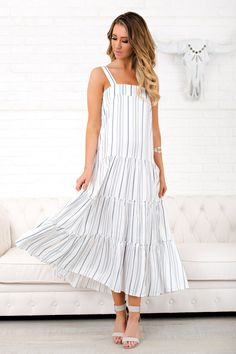 987236ebcd6 913 Best Summer Maxi Dresses images in 2019