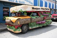 think this is by far the best food truck design I've seen. Your appetite is awakened just seeing the truck!I think this is by far the best food truck design I've seen. Your appetite is awakened just seeing the truck! Kombi Trailer, Amazing Burger, Best Food Trucks, Food Vans, Food Truck Design, Food Design, Weird Cars, Crazy Cars, Strange Cars