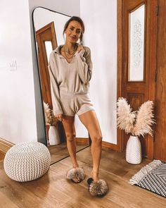 At Home Style: Cozy sets to keep you feeling stylish at home! Classy Outfits, Chic Outfits, Summer Outfits, Summer Clothes, Loungewear Outfits, Neutral Outfit, Cozy Fashion, Lounge Wear, Clothes For Women