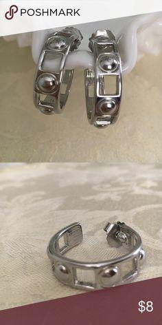 """Lia Sophia hoop earrings Lia Sophia 1"""" hoop earrings Lia Sophia Jewelry Earrings"""