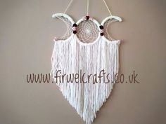 Triple moon dreamcatcher, handfasting pagan gift by Firwel Crafts Email enquiries for more details Dream Catcher White, Dream Catcher Boho, Dream Catchers, Origami, New Home Presents, Dream Catcher Tutorial, Moon Dreamcatcher, Art And Craft, Art Diy