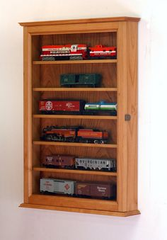 HO Scale Train Display Case Wall Cabinet