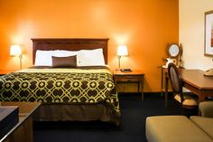 Check out some of the best Willits CA Hotels, hotels in willits ca and Willits Hotels. Old West, Best Hotels, Old Things, Bed, Furniture, Home Decor, Homemade Home Decor, Stream Bed, Home Furnishings