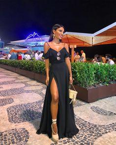 V Neckline Spaghetti Straps Black Chiffon Prom Dresses Woman Evening Dresses With Ruffles Women's Evening Dresses, Sexy Dresses, Casual Dresses, Fashion Dresses, Prom Dresses, Woman Dresses, Fashion Heels, Steampunk Fashion, Gothic Fashion