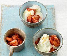 Yogourt glacé et rhubarbe
