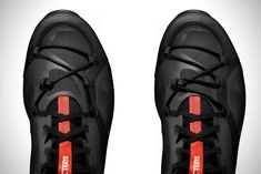 A new lacing system distinguishes the Arc'teryx Norvan VT trail running shoes. We put it to the test in high mountains for this review.
