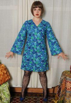 ♥ DREAMY Vintage 60's Blue Flower Print Kimono Sleeves Shift Mini Dress