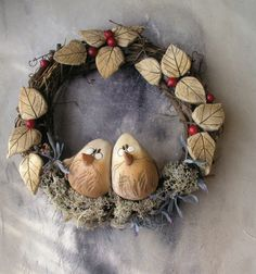 Ve dvou. Christmas Wreaths, Decoration, Create, Holiday Decor, Fall, Diy, Home Decor, Stone Art, Beverages