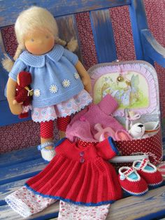 Lindsey with all her treasures by Puppenliesl, via Flickr