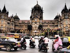 Victoria Terminus Railway Station. Bombayu