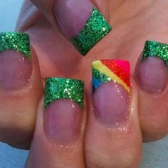 The Bloomin' Couch: St Paddy's Day Nails Get Nails, Love Nails, How To Do Nails, Pretty Nails, Fancy Nails, Cute Nail Designs, Acrylic Nail Designs, Acrylic Nails, Peacock Nail Designs