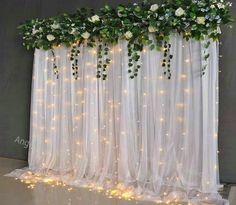 Tulle Backdrop, Diy Wedding Backdrop, Backdrop Decorations, Diy Wedding Decorations, Backdrop Ideas, Diy Wedding Photo Booth, Diy Photo Backdrop, Bridal Shower Backdrop, Head Table Backdrop