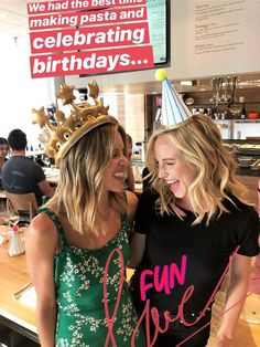 Candice King celebrating Kayla Ewell's birthday at Eataly LA on September 2018 in Los Angeles, California. The Vampire Diaries, Vampire Diaries The Originals, Kayla Ewell, Ian And Nina, Candice King, Candice Accola, Caroline Forbes, Celebs, Celebrities