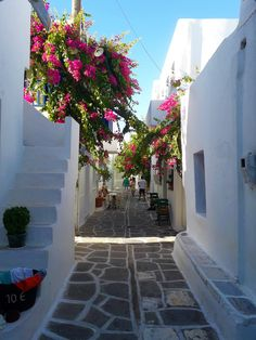 Traveling to Paros Beautiful Islands, Beautiful Beaches, Most Beautiful, Paros Island, Famous Beaches, Tourist Spots, Small Island, White Houses, Greek Islands