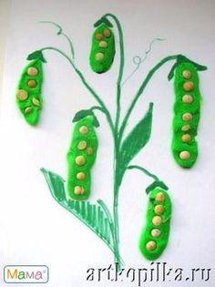 Teach kids about pea plants with a fun craft! Autumn Crafts, Spring Crafts, Kindergarten Art, Preschool Crafts, Toddler Crafts, Diy Crafts For Kids, Diy Niños Manualidades, Vegetable Crafts, Planting For Kids