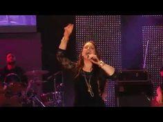 El nombre de Jesús - Redimi2 y Christine D'Clario. - YouTube