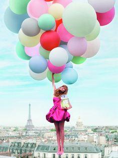パリだけど、風船だけど、メリーポピンズ思い出す。