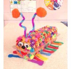 Bisküvi kutusundan yapılabilecek çok güzel bir atık materyal etkiliği. Okul öncesi çocuklar için rengarenk bir aktivite.: