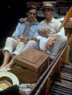 Picnic Summers: Jeremy Irons and Anthony Andrews in Brideshead Revisited. Retorno A Brideshead, Anthony Andrews, York Castle, Brideshead Revisited, Castle Howard, Jeremy Irons, Cinema, I Movie, Movie Scene