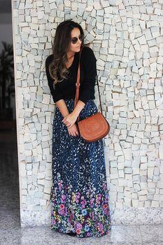 Look da Camila Gomes | Blog Sim Senhorita | Sueter Zara, Saia Maria Filó para C&A, Bolsa Market33 para Oqvestir, óculos Prada, Bota Arezzo