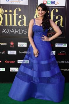 Parineeti Chopra wearing Jatin Varma in IIFA 2012
