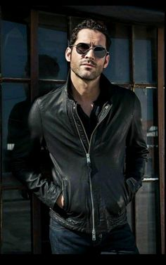 Welcome to Daily Tom Ellis, your source for everything about the actor portraying Lucifer. Tom Ellis Lucifer, Lauren German, Dan Stevens, Hommes Sexy, Morning Star, British Actors, Attractive Men, Gorgeous Men, Beautiful People