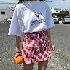 Great New Women's fashion clothing Hacks 8551554434 90s Fashion, Korean Fashion, Fashion Outfits, Womens Fashion, Fashion Trends, Fashion Ideas, Skirt Fashion, Latest Fashion, Fashion Pics