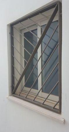 Iron door design modern Ideas for 2019 House Design, Iron Door Design, Iron Gate Design, Burglar Bars, Modern Design, Window Grill Design Modern, Window Design, Window Security, Grill Door Design