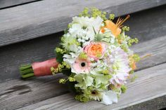 Gorgeous bridal bouquet in white, blush and apricot. Gerbera, proteas, hydrangeas, babys breath. Designed by Blickfang Tropp, Austria