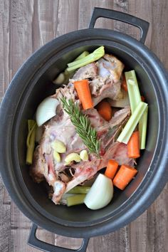 Slow Cooker Turkey Stock- this super easy bone broth is made in the slow cooker and the best and easiest way to make homemade stock!  | mountainmamacooks.com