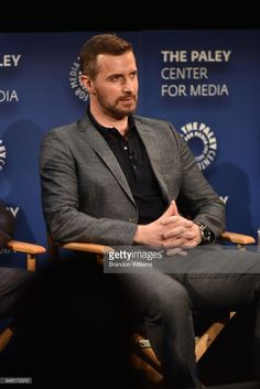 actor-richard-armitage-speaks-on-a-panel-during-the-paley-center-for-picture-id848172312 (684×1024)