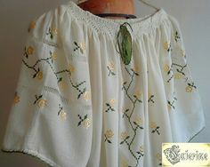 www.breslo.ro/caterine Off Shoulder Blouse, Costumes, Baby Blankets, Romania, Traditional, Women, Fashion, Outfits, Embroidery
