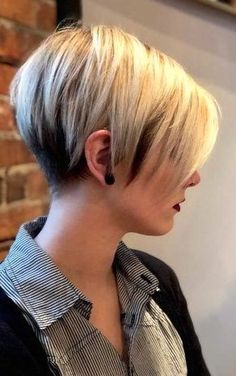 Copper Layered Bob with Bangs - 50 Classy Short Bob Haircuts and Hairstyles with Bangs - The Trending Hairstyle Asymmetrical Bob Haircuts, Short Pixie Haircuts, Short Hair Cuts, Bob Hairstyles For Fine Hair, Short Hairstyles For Women, Easy Hairstyles, Bobs For Thin Hair, Trending Hairstyles, Hair Trends