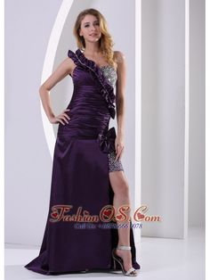 Buy purple one shoulder high slit ruche evening dresses with beading from perfect evening dresses collection, one shoulder neckline slit in dark purple color,cheap dress with zipper back and brush train for prom formal evening . Aqua Blue Bridesmaid Dresses, Orange Prom Dresses, Backless Homecoming Dresses, Girls Pageant Dresses, Prom Dresses For Sale, Formal Dresses For Women, Evening Dresses, Prom Gowns, Party Dresses Online