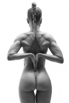 ...el Erotismo y la Sensualidad por la belleza de la Mujer, esa misma mujer que nos dio la vida....