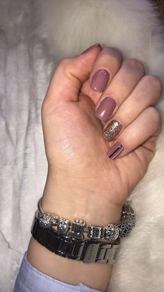 ~Nude nails