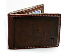 Walnut Wood and Leather Wallet http://coolpile.com/gear-magazine/walnut-wood-and-leather-wallet/ via CoolPile.com - $45 -  Gifts For Him, Leather, Wallets, Wood, Wooden