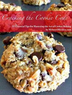 Loaded Oatmeal Cookies are full of healthy oats, rich semi-sweet chocolate chips, sweet coconut and walnuts. The combination in these cookies is awesome! Walnut Cookies, Coconut Cookies, Cherry Cookies, Cookies Soft, Sugar Cookies, White Chocolate Cookies, Semi Sweet Chocolate Chips, Chocolate Desserts, Chocolate Cake