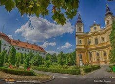 Mansions, Architecture, House Styles, Beautiful, Photos, Romania, Mansion Houses, Arquitetura, Villas