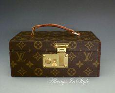 Louis Vuitton vintage boite a tout jewelry case.