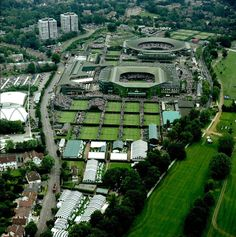 See tennis match at Wimbledon, the home of the All England Lawn Tennis and Croquet Club It is the only remaining major grass-court tennis venue in the world. Tennis Tournaments, Tennis Clubs, Wimbledon Tennis, Wimbledon London, Wimbledon Village, London Attractions, Lawn Tennis, Australian Open, Big Ben London