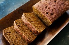 Traditional New England Anandama bread, a dark yeast bread made with flour, cornmeal, and molasses.